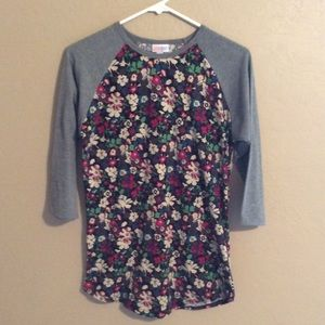 LuLaRoe 3/4 sleeve t-shirt